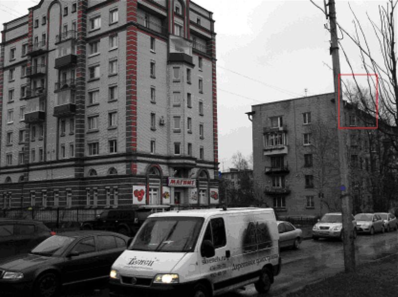 Рекламоноситель в Пушкине на бульваре Алексея Толстого 13.